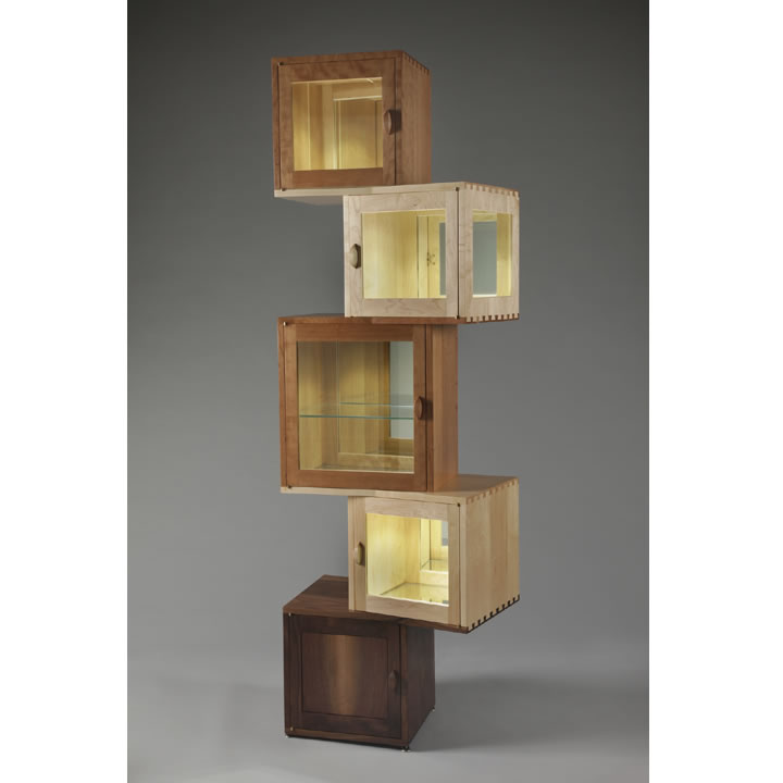 five cube Kybos cabinet